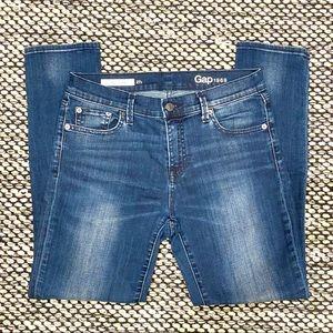 """Gap """"Best Girlfriend"""" Jeans size 27R"""